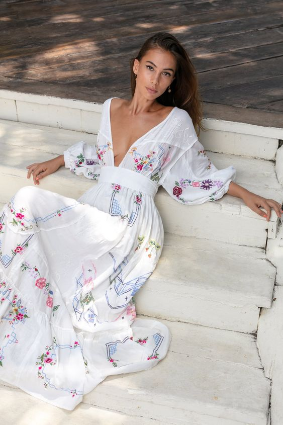 39 Maxi Floral Dresses For You This Spring outfit fashion casualoutfit fashiontrends
