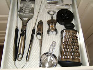 Keep only the utensils that you use often.  The rest is just cluttered stuff in your drawers. via @DownshiftingPOS - Professional Organizing Solutions - Margarita Ibbott: Kitchen Organizing 101