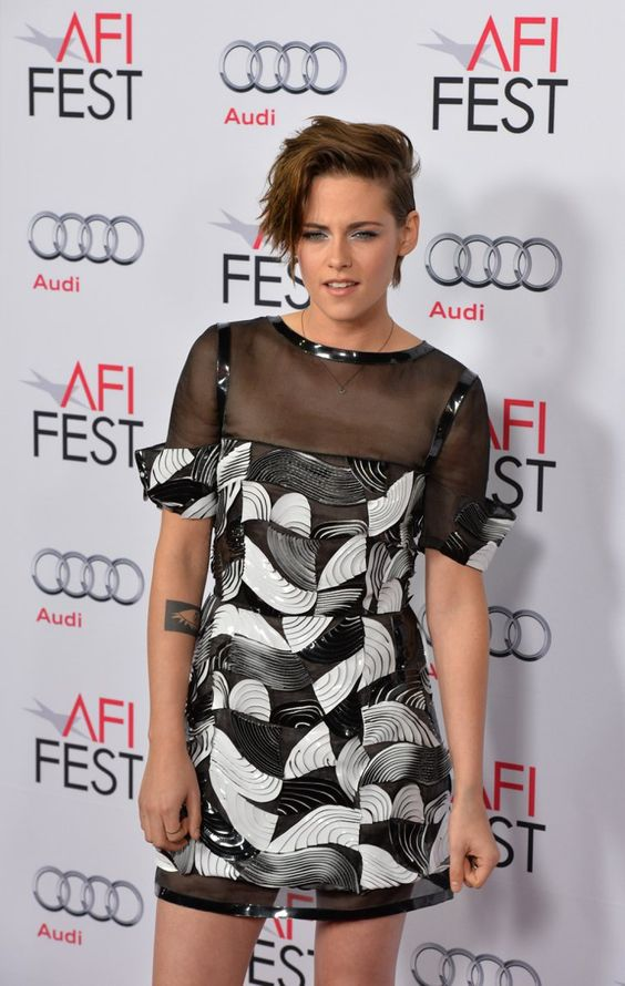 Pin for Later: Ist Kristen Stewart immer noch der Rebell auf dem roten Teppich? Kristen Stewart in Chanel