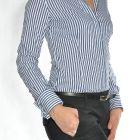bodyblouses, altijd stijlvol, ook met lage broeken. Vaarwel spaarpot als je moet bukken om je tas op te pakken :)