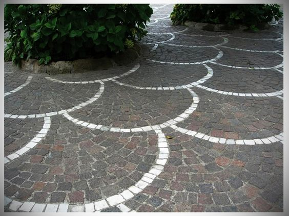 patio pavers with fan pattern patios pinterest patio