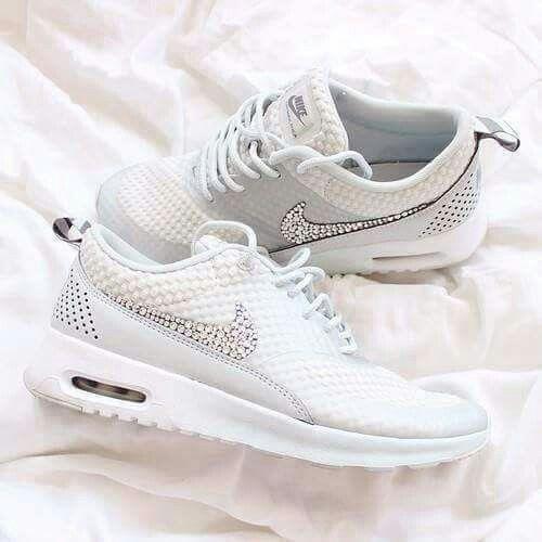 100% authentic 7b3f1 68080 chaussure nike strass,Swarovski Nike Air Max Thea chaussures blanc Blinged  Out avec cristal de Swarovski ...