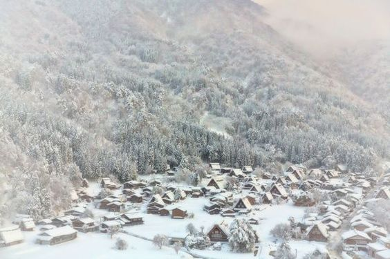 Shirakawa-go in heavy snow