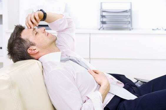 Après un long vol en avion, de nombreuses personnes sont incommodées par le syndrome du décalage horaire. Voici comment lutter contre le décalage horaire !