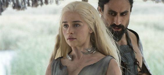 Les premiers épisodes de la saison 6 montrent une nouvelle fois les femmes nues, mais assez différemment des saisons précédentes.