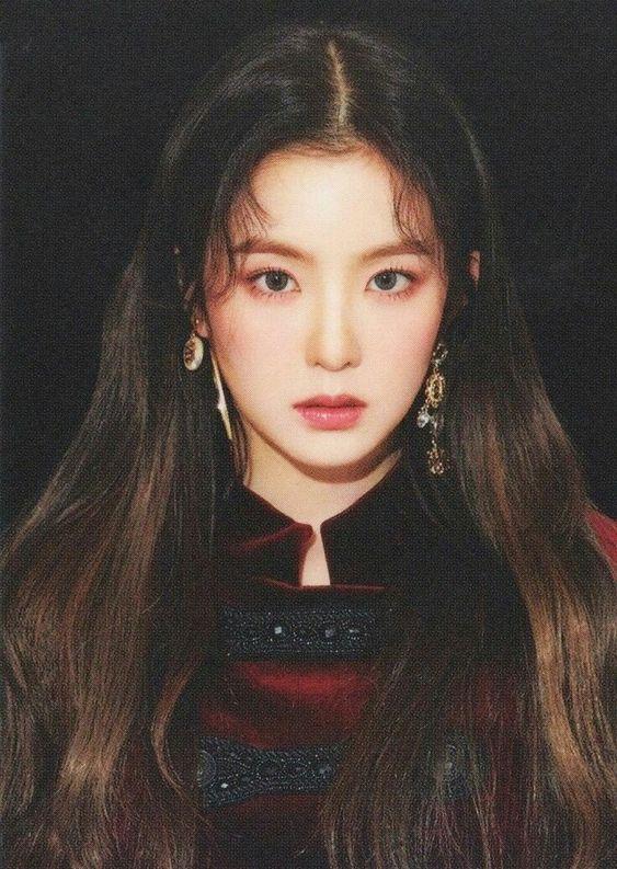Top 10 Prettiest And Beautiful Kpop Female Idols 2019 Red Velvet Photoshoot Red Velvet Irene Kpop Girls