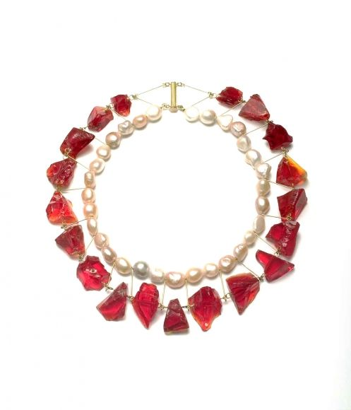 - Collier Rouge 8- Pearls and Glass, necklace, 2009, gold, pearls, glassPhilip Sajet Pearls and Glass