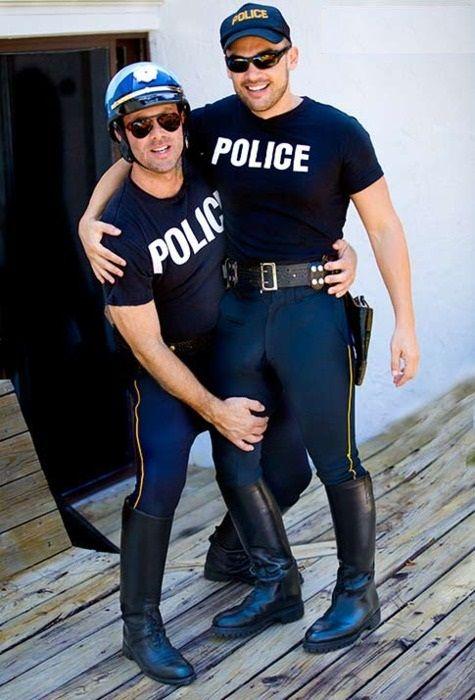 Big cop bulge gay xxx prostitution sting 6