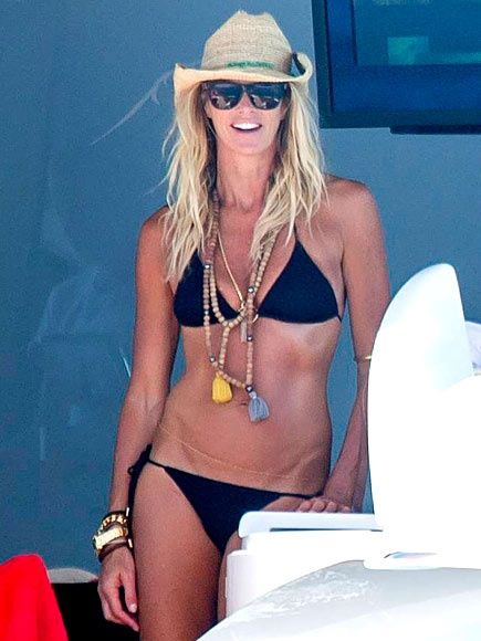 I love this women! I want to look like her when im 50 ;)Elle McPherson