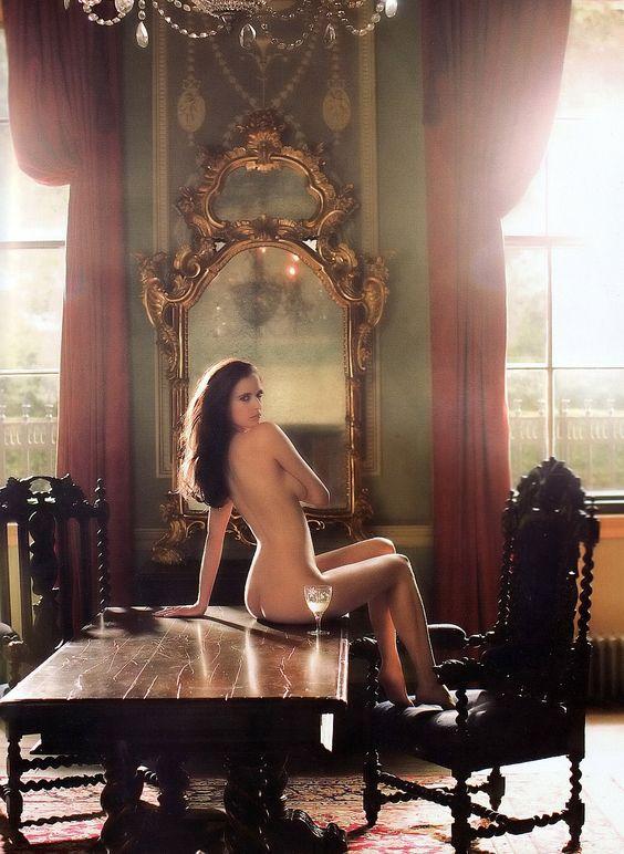 Eva Green en Tatler, homenajeando la mítica foto de Helmut ...