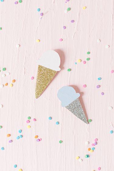 Liked on Pinterest: DIY Ice cream brooch | Carnets Parisiens