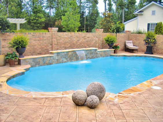 Roman pool built by blue haven pools raleigh nc roman for Pool design raleigh nc