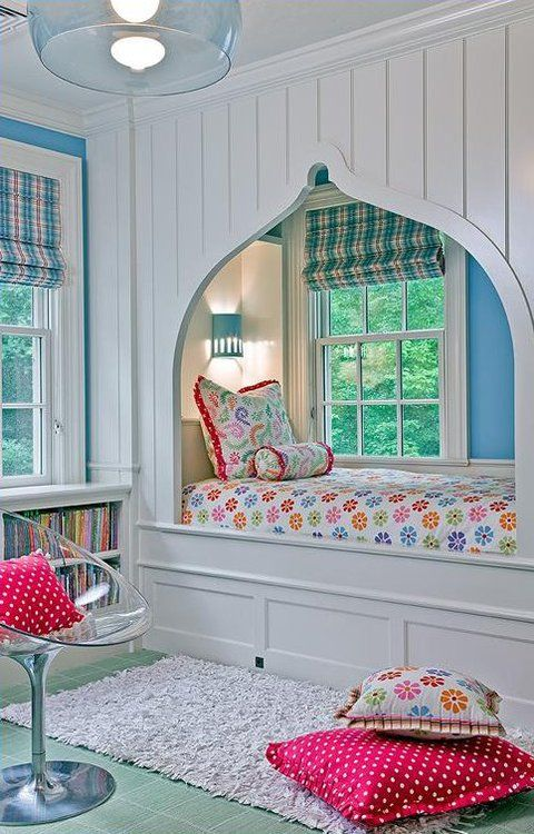 I love how the archway is over the bed making it slightly closed off from  everything else and adding a homely touch with the window.