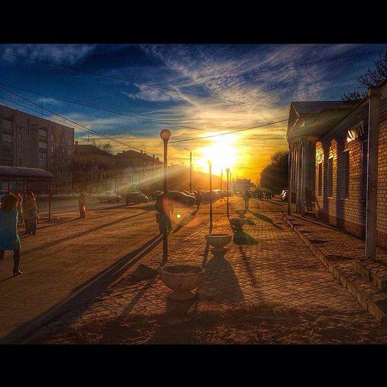 """""""Приветствуем Вас, дорогие подписчики!  Опубликовываем сегодняшнее фото дня, связанное с нашим любимым городом Муромом [#Муром #Murom]  Original photo…"""""""