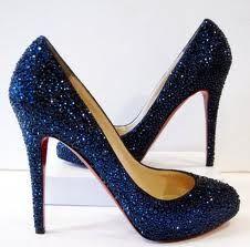 Sapatos Louboutin coberto de cristais Swarovski - Esse inverno vai ser puro brilho