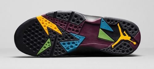"""The """"Bordeaux"""" Air Jordan 7 Retro is back for its second re-release. They come in black, bordeaux, light graphite and midnight fog. Remaining true to the original, featuring a black and grey based upper. http://www.cheapjordanmaxshox.com/"""