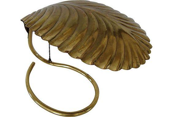 // Brass Leaf Table Lamp