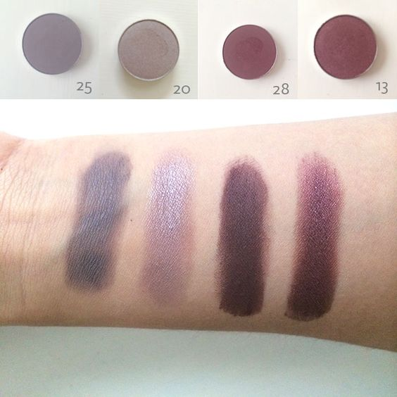 Customisation De Palette : Custom palette eye shadows from the balm. Review with swatches.