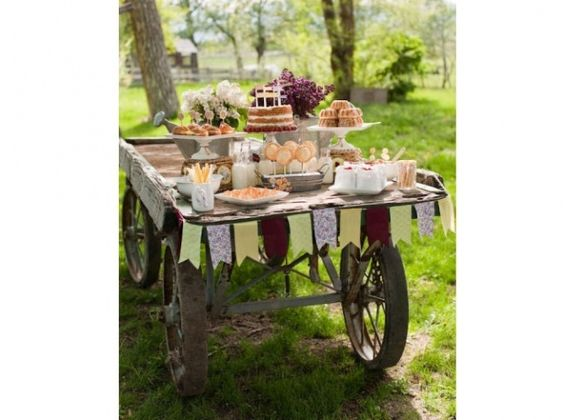Mariage dites oui la d co champ tre dessert buffet wedding and candy - Deco buffet champetre ...