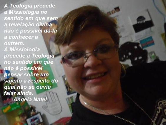 Ovo ou galinha?  by Angela Natel https://www.facebook.com/Angela-Natel-137128436426391/timeline/?ref=bookmarks