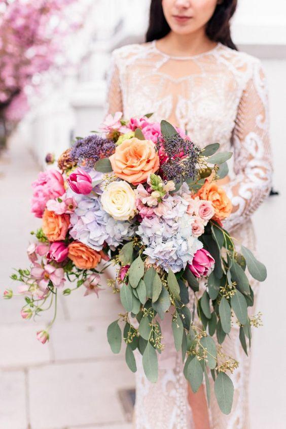 #weddingplanning #engaged #weddingbouquet