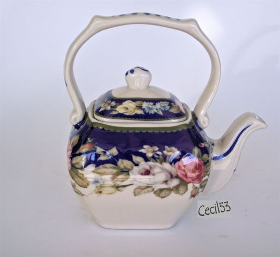 BLUE WHITE WITH FLORAL PATTERN DECORATIVE TEA POT - SHIPS FREE #Teapot