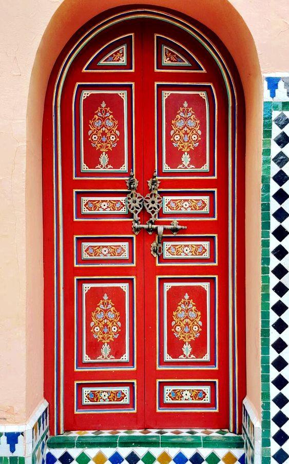 Red door at La Mamounia 5 star hotel in Marrakech, Morocco.