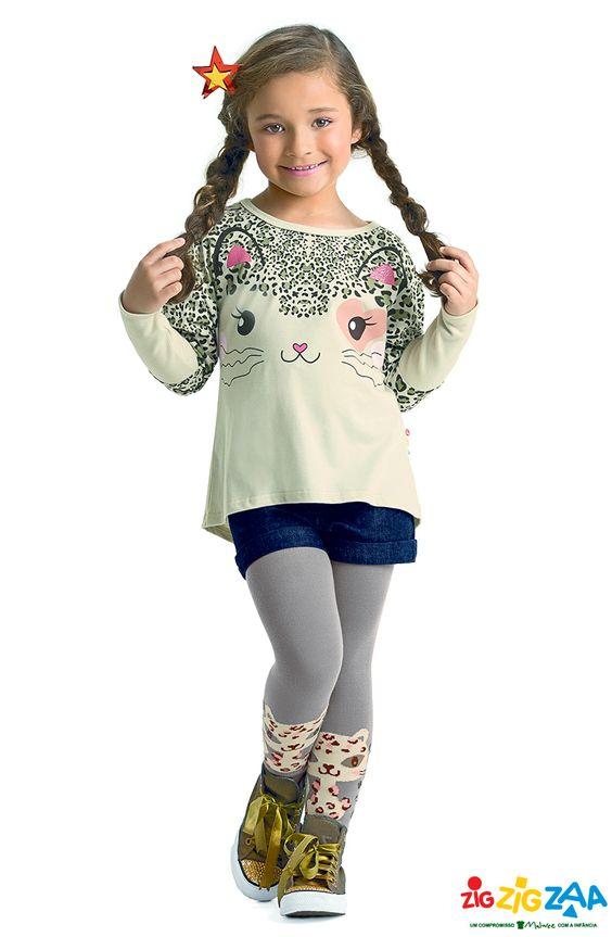 Para as meninas fãs de estampa de oncinha, uma blusa mullet e meias fofas pra #ZigZigZaar por aí.