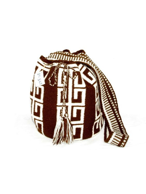 Wayuu mochila with geometric pattern in brown and earth colors