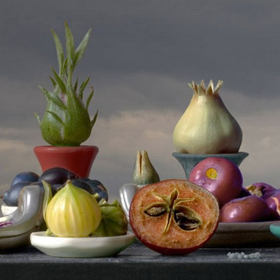 Otherworldly Still Life by Leticia Felgueroso - Detalle bodegon 2009 24 x 24 cm €225