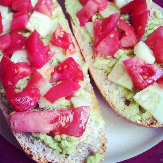 bread, guac, tomatoes