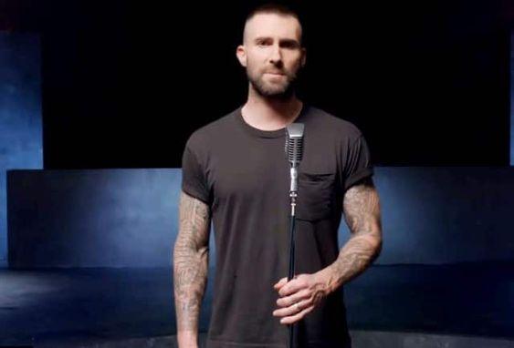 Adam Levine Girls Like You Maroon5 Adam Levine Adam Levine Hair Adam Levine Style