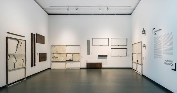 chezweitz   Mies van der Rohe & das Erbe der Moderne - Schunck* Glaspaleis Heerlen