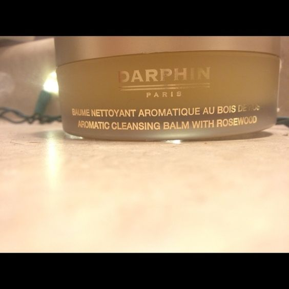"""DARPHIN Paris Aromatic Cleansing Balm BRAND NEW ✅.  DARPHIN PARIS                                                       """"Indulge in a blissful, purifying spa experience! Rapturous aromatic pleasure engulfs you as this opulent balm with Marula Oil, Sage, Ylang Ylang and Rosewood Essential Oils, entraps impurities, nourishes, and relieves tightness. Magically transforms with water into a silky, non-oily, non-comedogenic milk to leave skin pristinely clean, smooth, supple and luminously…"""