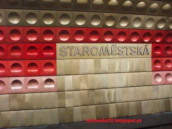 Estação de metro, Praga. (2009)