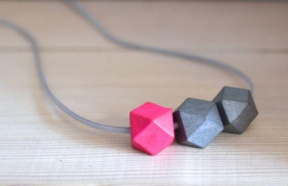 """Ketten lang - lange Kette """"Lina"""" pink grau Kette - ein Designerstück von majamien bei DaWanda"""