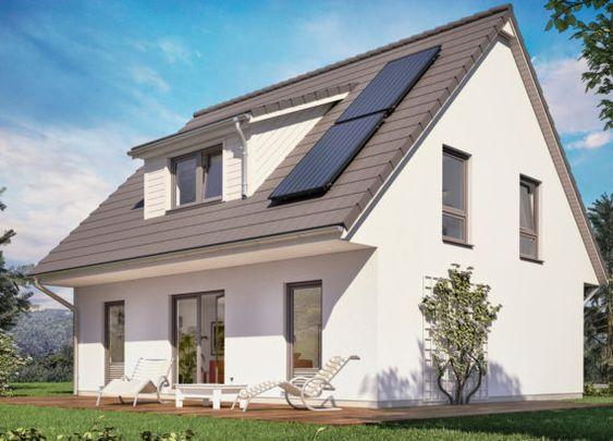 Einfamilienhaus Sh 136 Mit Kruppelwalmdach Und Gaube Scanhaus Marlow Hausbaudirekt Haus Einfamilienhaus Haus Umbau