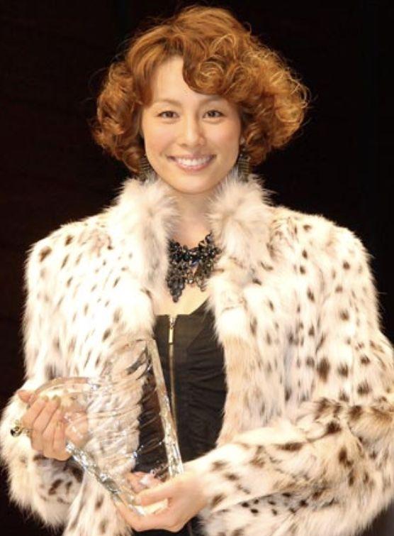 米倉涼子の毛皮コート