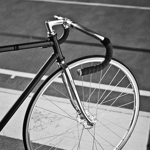 black and chrome: Fixed Singlespeed Bikes, Fixie Bikes, Road Bike, Fixed Gear, Black Bike, Black Chrome, Track Bike, Benotto Track