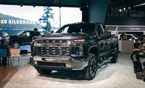 2020 Chevrolet Silverado Hd Heavy Duty Trucks Boast Big Tow Capacity 2020 Chevrolet Silverado 2500hd Price Rel Chevy Silverado Hd Chevy Silverado Chevy Duramax
