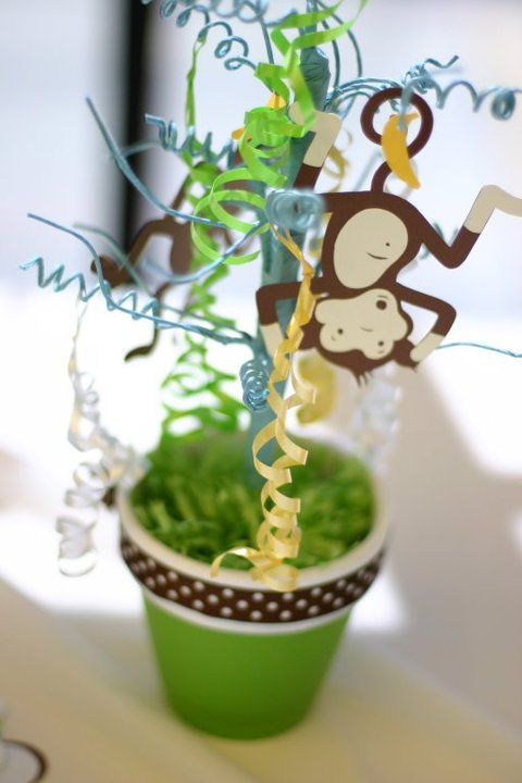 Monkey table centerpiece monkey theme baby shower for Baby shower tree decoration