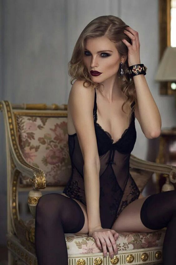 @SeducLesbians @StarStarrsky69 @ShannCML @goodenough03 @Elsie_geselsie @MindFly_67 @svetasvetlaya3 @euro_lingerie https://t.co/MOQQgoSjTU