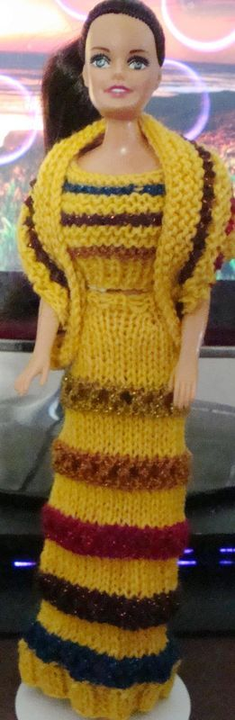 Barbie Knitting Patterns : Ladyfingers - Barbie & Ken QUICKIE KNITTING PATTERNS - scroll way down fo...