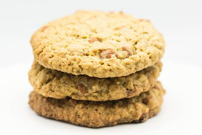 Oatmeal-Cinnamon Chips Cookies...I didn't even know there were cinnamon chips!