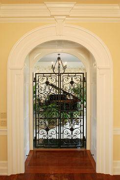 Bruce-palmer-design-studio-portfolio-architecture-interiors-neoclassical-traditional-hallway