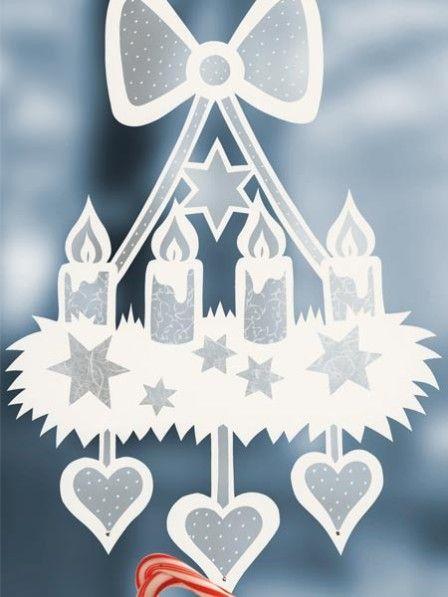 Wir haben tolle Ideen, wie Sie Fensterbilder zu Weihnachten basteln können. Andere können sich von diesen Fensterbildern eine Scheibe abschneiden.
