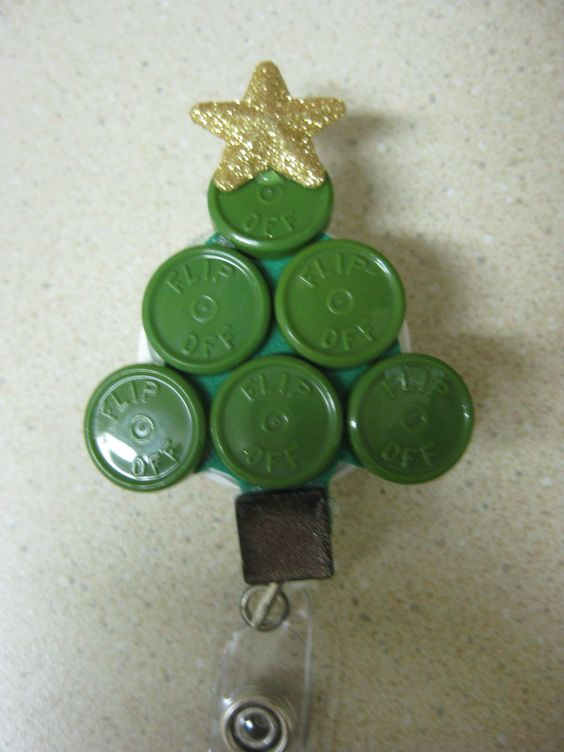 vial top christmas - so going to have to make one!: Cap Crafts, Badge Crafts, Hospital Christmas Decoration, Nurse Craft, Christmas Holiday, Badgeclips, Christmas Hospital Decorations