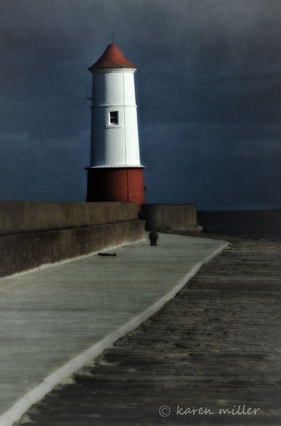 Spittle lighthouse by Karen Miller on 500px