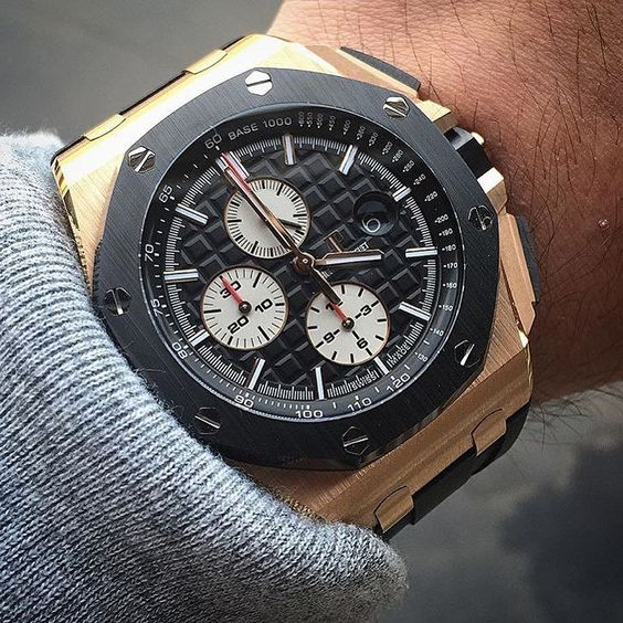 _____________________________________________________  Royal Oak Offshore Chronograph Ref: #26401R0 #26401 #44mm _____________________________________________________  All credits goes to photographer/ owner @hairdude  Tag your photos with: #audemarspiguet_fans #audemarspiguet #ap #audemars #piguet #experience #watch #ap_gallery #luxury #platinum #chronograph #tourbillon #gold #offshore #quality #handmade #chrono #gallery #bezel #diamond #tradition #timepiece #gentleman #female #royaloak…