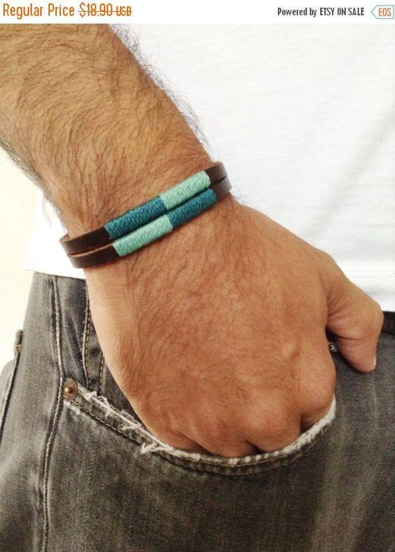 Pulsera de cuero Marron para hombre, decorada con hilo encerado tonos azul turquesa, Brazalete unisex de cuero con hebilla acrilica negra